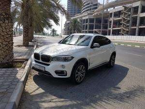 BMW X6 5.0i V8 2015 under warranty and free service